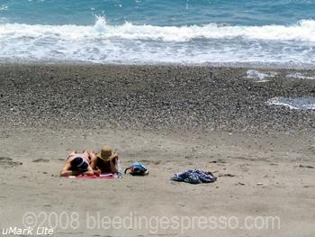Love on the beach on Flickr